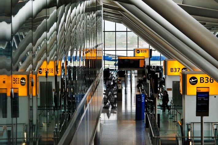 airport-terminal-heathrow-710x473